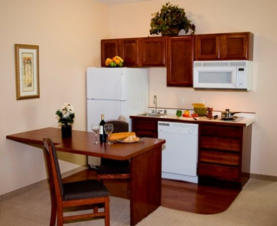 GrandStay Hotel & Conference Apple Valley: Standard One Bedroom Suite