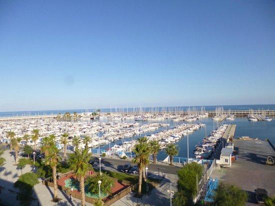 Hotel Atenea Port Barcelona Mataro : Vista desde  nuestro balcón
