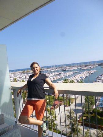 Hotel Atenea Port Barcelona Mataro : Disfrutando el paisaje
