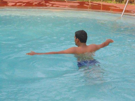 Leisure Vacations Myrica Resort : Pool Side