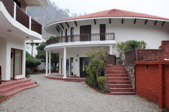 Leisure Vacations Myrica Resort : Entrance to the main Resort area
