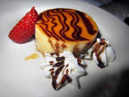 Bistro Estrada: Efterrätt - creme caramel med kokossmak