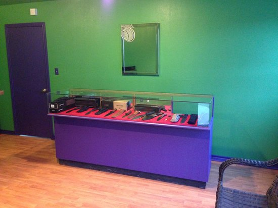 The Last Resort RV Park, Motels, and Cabins: Knife Displays in Newly Remodeled Office
