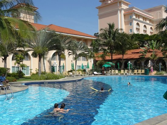 Royal Palm Plaza Resort: área da piscina.