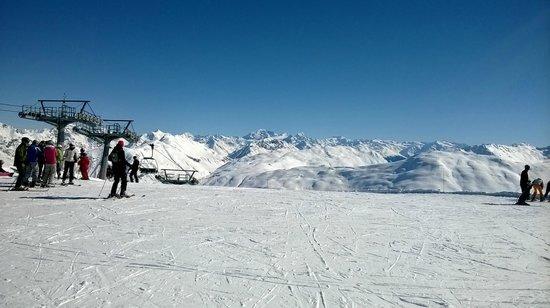 Carosello 3000 - Ski Area Livigno : veduta dalla cima del caroselllo