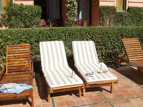 Hotel Les Jardins de l'Agdal: lettini
