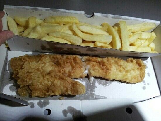 Trenchers: small fish and pale chips