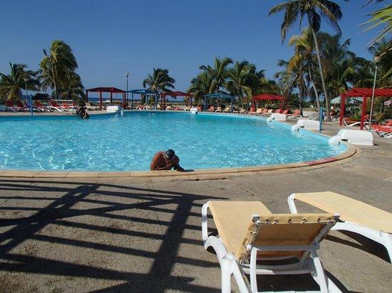 Pool picture of hotel horizontes playa giron playa for Pool show mississauga