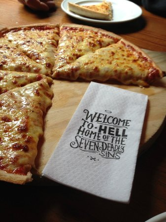 Novotel Queenstown Lakeside : Hell's Pizza.. Gotta try it! Great theme and really good pizza
