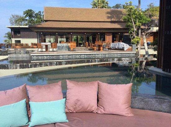 Pullman Phuket Arcadia Naithon Beach : Looking across to Vero restaurant
