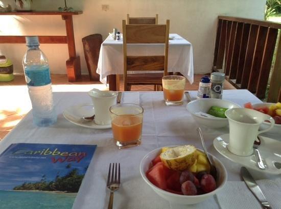 Hotel Nirvana by the Sea: σουπερ πρωινο