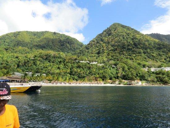 Solomon Water Taxi & Tours: Beautiful Sugar Beach