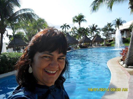 The Grand Mayan Riviera Maya: vista da piscina do resort