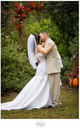 Fleeton Fields Bed & Breakfast: Just married, Fleeton Fields can set the stage