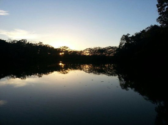 Las Lagunas Boutique Hotel: Sunset view from boat
