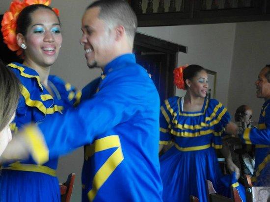Atarazana Restaurante: performers