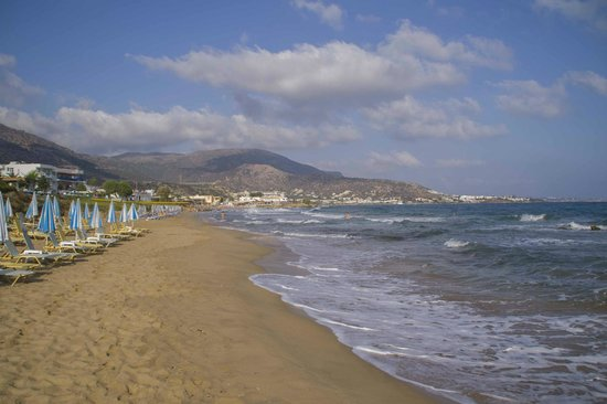 Christiana Beach Hotel : пляж