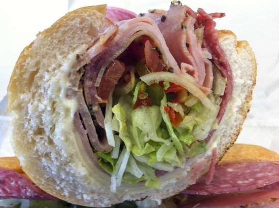 Dileo's Italian Deli: yum subs