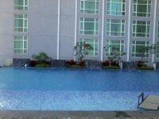 Hatten Hotel Melaka: Pool