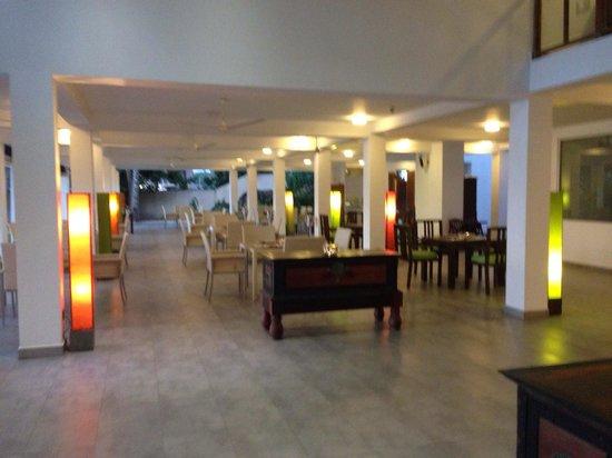 CoCo Bay Unawatuna : Restaurant