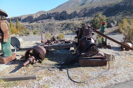 The Resort on Mount Charleston : Parking lot mining display