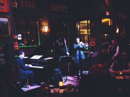 Last Chance Antiques & Cheese Cafe: live jazz at the tavern