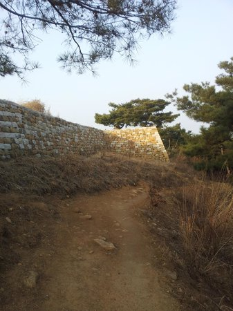 Achasan Mountain: Fort number 4 - 아차산 4 보루