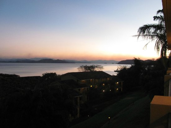 Allegro Papagayo : sunset