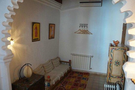 Casa Perleta : Seating area in Bedroom