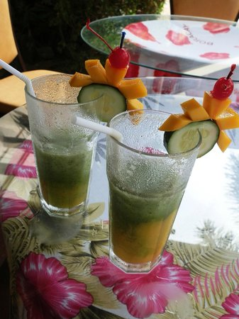 Best Western Boracay Tropics Resort: Cucumber Mango shake! Yum!