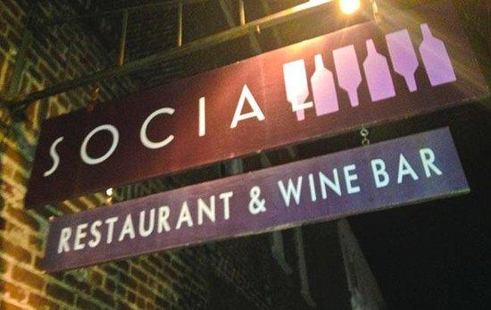 Social Restaurant + Wine Bar: Social Sign