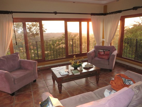 Hotel Borinquen Mountain Resort: Room interior