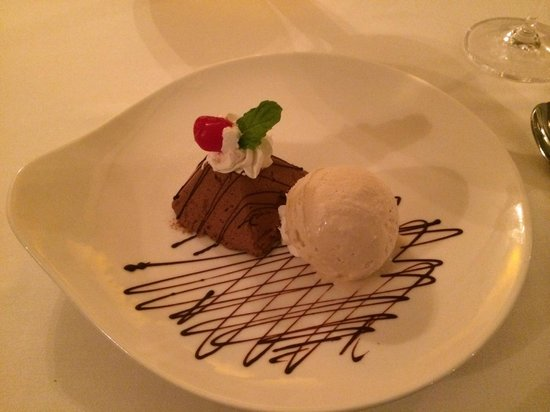 Sandals Royal Plantation: Dessert @ Le Papillon