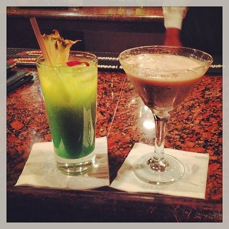 Sandals Royal Plantation : The Wobbly Peacock (Resort Bar) - These are called an Andre Special and a Naughty Irishman
