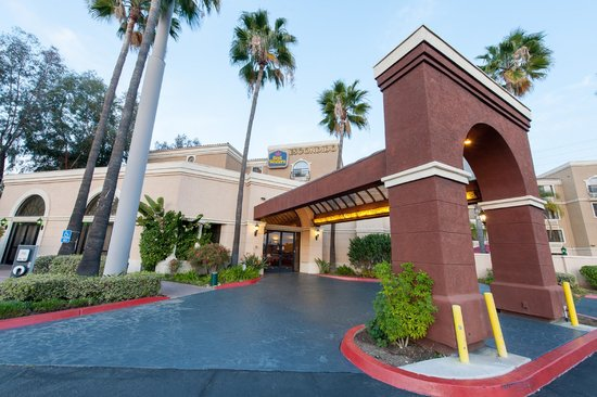 Best Western Escondido Hotel: Entrance