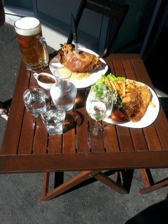 Kraut's Restaurant & Bar: Dinner