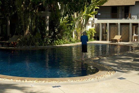 Railay Bay Resort & Spa : Бассейн отеля (один из двух)