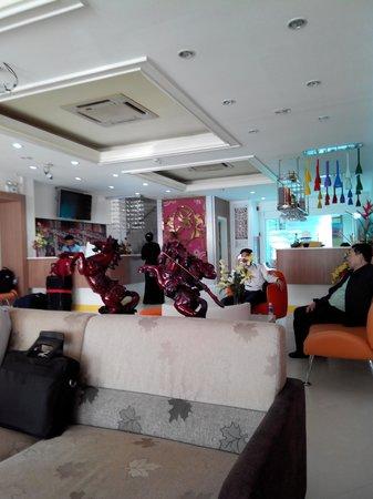 Lane Xang Princess Hotel: lobby