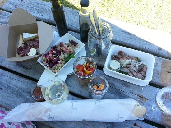 Warwick Wine Estate: Delicious picnic