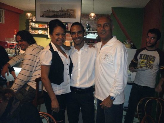 Cafe Arcangel: Mary, MIguel and Joao owners