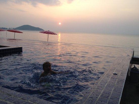 Lipa Bay Resort: Lovely Lipa Bay