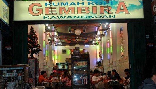 Rumah Kopi Gembira Kawangkoan