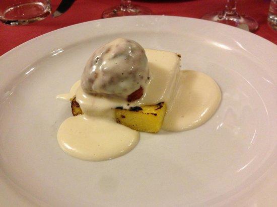 Osteria Boccon del Prete: Salsiccia formaggio e polenta