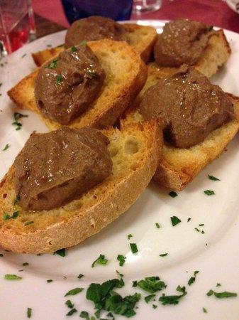 Osteria Boccon del Prete: Crostino di fegatini