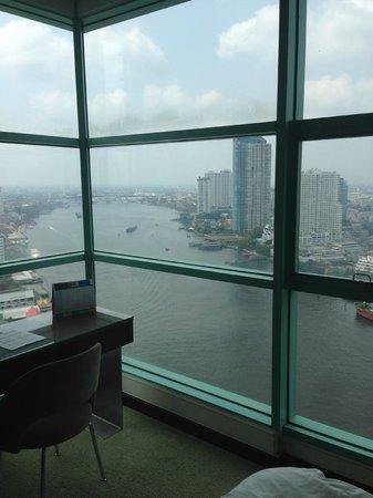 Chatrium Hotel Riverside Bangkok: from bed