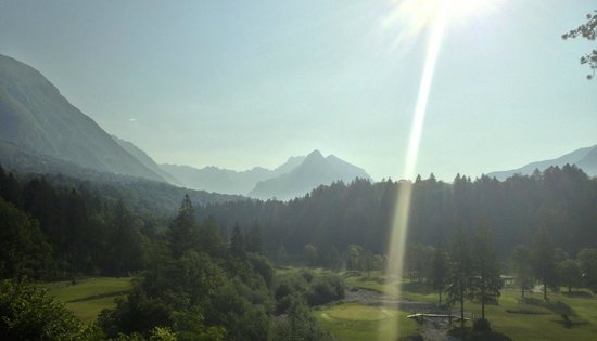 Golf Club Bovec : The hole no 3 from the tee - par 3 177m from yellow with a drop of 30 m!