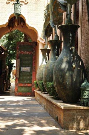 The Baray Villa: villa entrance