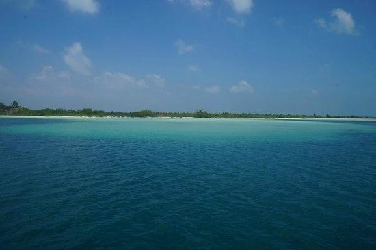 Sirena Beach : Еще вид с яхты