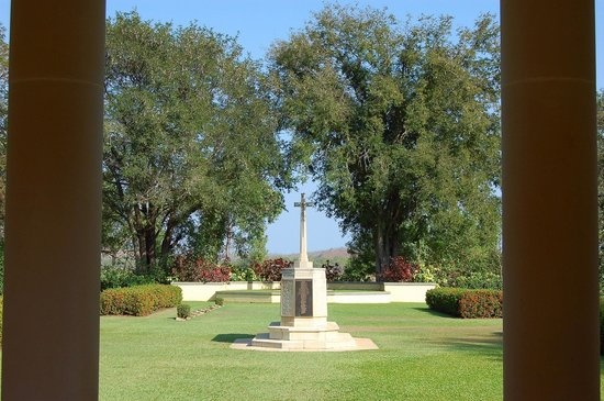 Adelaide River War Cemetery: Entry