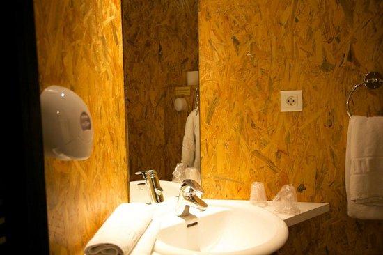 L'Escadrille : Salle de bain avec douche